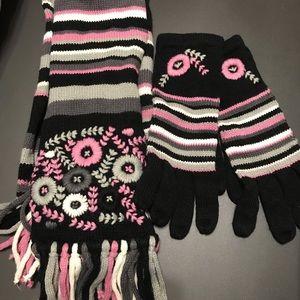 Accessories - Scarf &gloves